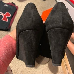 a.n.a Shoes - Black heels, suede like material